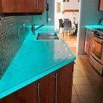Mẫu bàn kính hiện đại cho nhà bếp