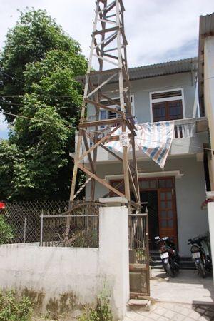 hóa giải nhà đối diện cột điện