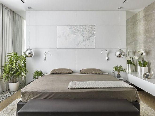 không bày hoa hoặc cây xanh ở đầu giường.